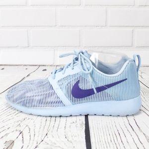 Nike Blue Sheer Sneakers Size 7.5